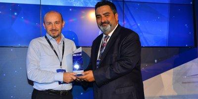 Oksijen'e Beetech ödül