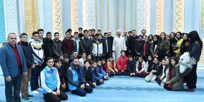 Başkan Erbaş 4-6 Yaş Kur'an kursu öğrencileriyle buluştu
