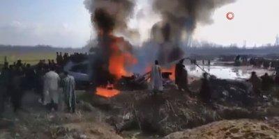Pakistan, Hindistan'ın savaş uçağını düşürdü
