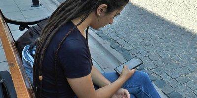 Sosyal medya, 'panik atak' yapıyor