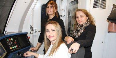 Ankara Metrosu kadın vatmanlara emanet