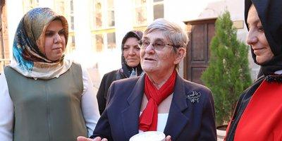 Canan Karatay bu kez ezber bozdu