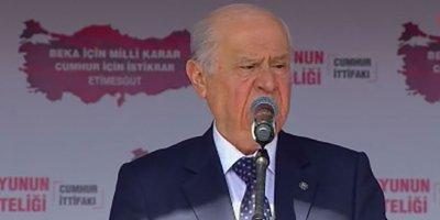 Devlet Bahçeli'den ezan tepkisi