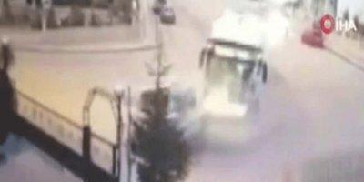 Ankara'da EGO otobüsü kaza yaptı! Ölü ve yaralılar var