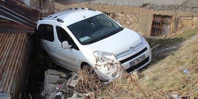 Sivas'da şaşkına çeviren kaza