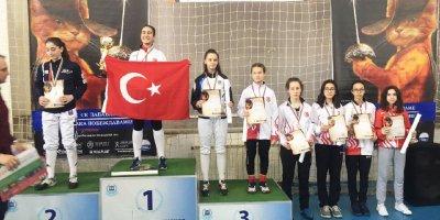 Oya Akın Ankara'nın gururu