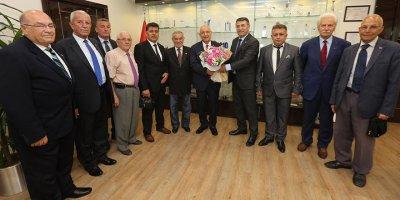 Demokrat Parti'den Başkan Yaşar'a hayırlı olsun ziyareti