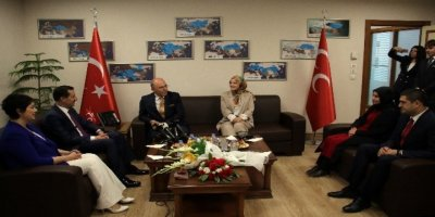 Siyasi partilerden MHP'ye bayram ziyareti