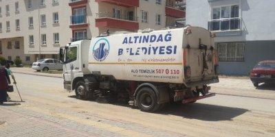 Altındağ'da yağmur sonrası temizlik yapıldı