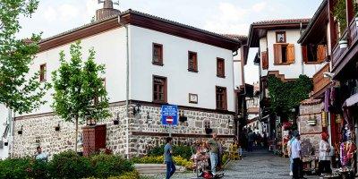 Büyükşehir, Başkent'in tarihine sahip çıkıyor