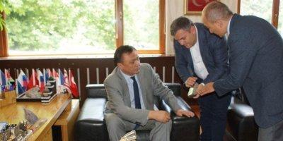 Kırgızistan Büyükelçisi, Çubuk'u ziyaret etti