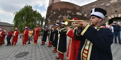 Ankara Kalesi'nde Mehter esintisi