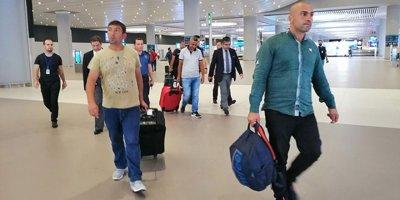 Libya'da serbest bırakılan 6 Türk ülkeye döndü