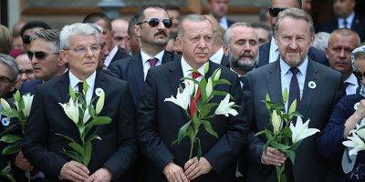 Erdoğan, Srebrenitsa kurbanları anısına düzenlenen anma törenine katıldı
