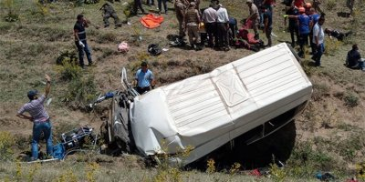 Van'da katliam gibi kaza: 17 ölü