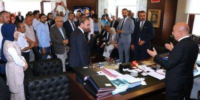 Başkan Altınok, Keçiörenli'lerle bayramlaştı