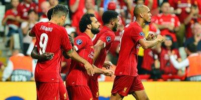 Liverpool İstanbul'da kupa kaldırdı