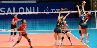 Genç Kızlar İsveç'i 3-1'le geçti