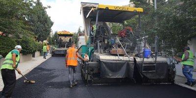 Çankaya'da asfalt çalışmaları sürüyor