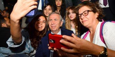 Başkan Yavaş Gençlere sürpriz yaptı