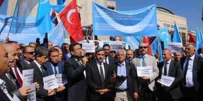 Başkent'te Çin'e Doğu Türkistan protestosu