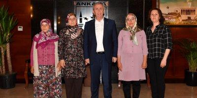 Başkan Yavaş'tan kadınlara destek