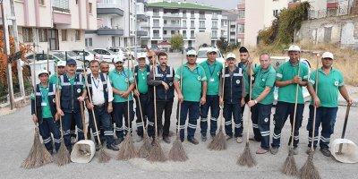 Mamak'ta üç mahalle köşe bucak temizlendi