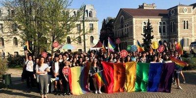 Boğaziçi Üniversitesi'nde skandal! İstiklal Marşı'nı LGBT şiirine uyarladılar!