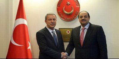 Bakan Akar, Khalid Bin Muhammed Al Attiyah ile görüştü