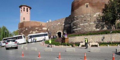 Ankara Kalesi'ne estetik dokunuş