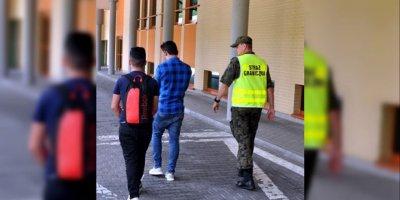Ukrayna'ya yasa dışı yollarla girmeye çalışan 7 Türk yakalandı