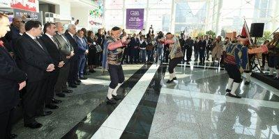 Başkent'te Turizm Fuarı kapılarını açtı