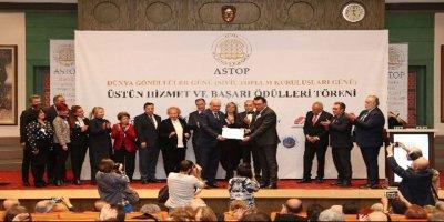 ATO Başkanı Baran'a 'Sivil Toplum Gönüllüsü Beratı' verildi