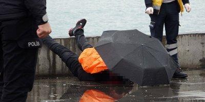 """""""Allah'a emanet olun"""" diyerek intihar etti"""