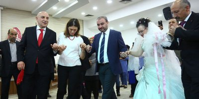 Turgut Altınok: Gelin sizden düğün bizden