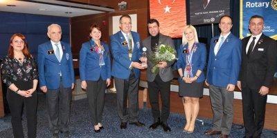 Rotary Kulübü'nden başarıya ödül
