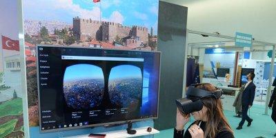 Ankara Kalesi'ne kuşbakışı seyahat