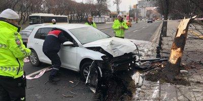 Başkent'te feci kaza: 2 yaralı