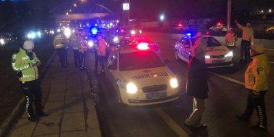 Başkent'te alkollü ve ehliyetsiz sürücü kaza yaptı: 1 yaralı