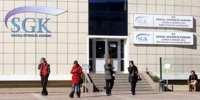 SGK'dan emekli maaşlarında kesinti iddialarına yalanlama