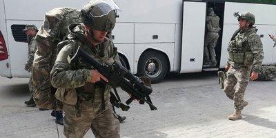 Komandolar Suriye sınırına sevk edildi