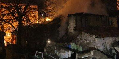 Altındağ'da korkutan yangın