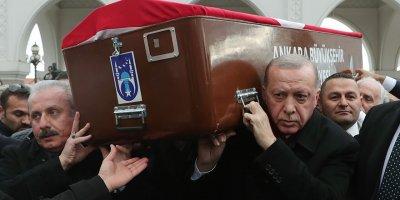 Şevket Kazan Ankara'da son yolculuğuna uğurlandı