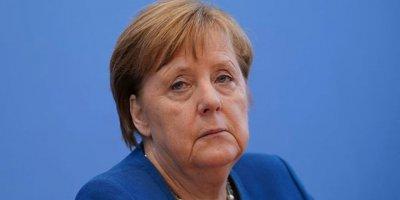 """Merkel'den koronavirüs açıklaması: """"Almanya'nın yüzde 70'i enfekte olabilir"""""""