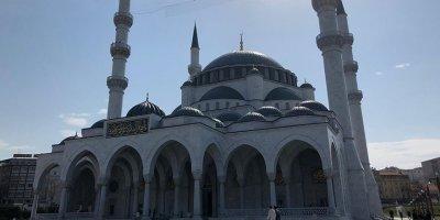 Melike Hatun Camii dezenfekte edildi