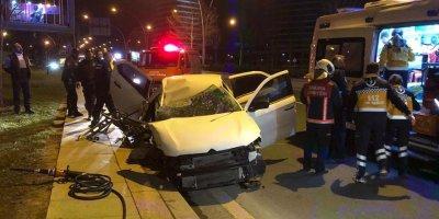 Ankara'da ehliyetsiz sürücü kaza yaptı