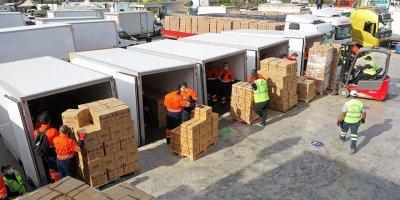Gıda  yardım paketleri sahiplerine kavuşuyor