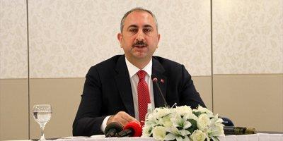 Adalet Bakanı Gül'den virüs açıklaması