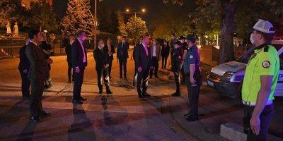 Bakan Soylu polis kontrol noktasını ziyaret etti