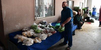 Mamak Belediyesi'nden askıda yiyecek uygulaması